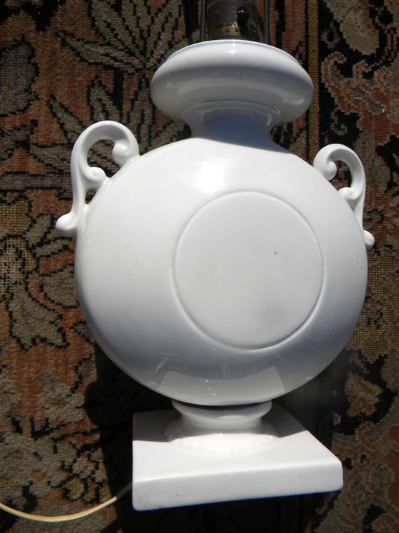 cool vintage MID CENTURY retro 1960s white pottery LAMP