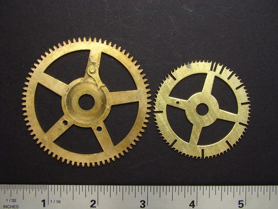 Antique brass large vintage clock gears cogs wheels great for goggles sculpture jewelry industrial altered art Steampunk Art Supplies 2035