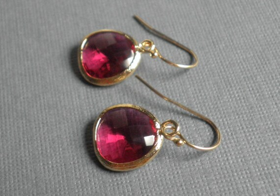 Fushcia Faceted Glass Gold Earrings