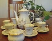 Tea, or Coffee set by Thun  - Rosebud with basketweave trim