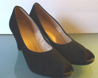 Vintage Suede Naturalizer Peep Toe Shoes 8.5N
