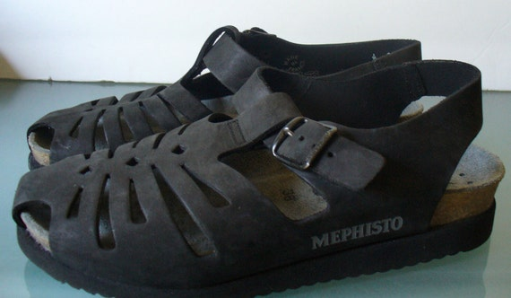 Mephisto Made in France Fisherman Sandals Size 38