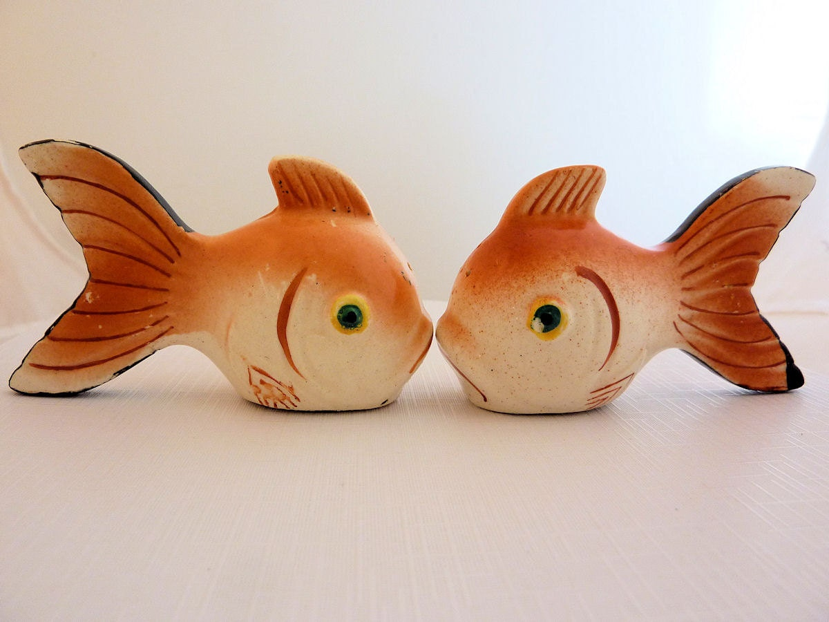 Vintage Fish Salt And Pepper Shakers Made In Japan