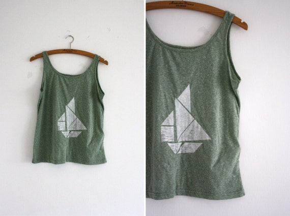 T-shirt - green - white - tangram boat
