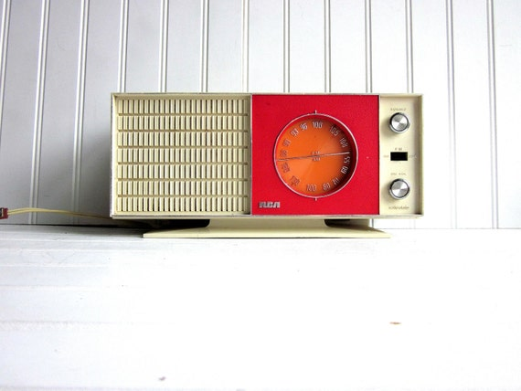 Vintage Radio Red Orange Mid Century RCA Model rzc 230R AM FM Radio