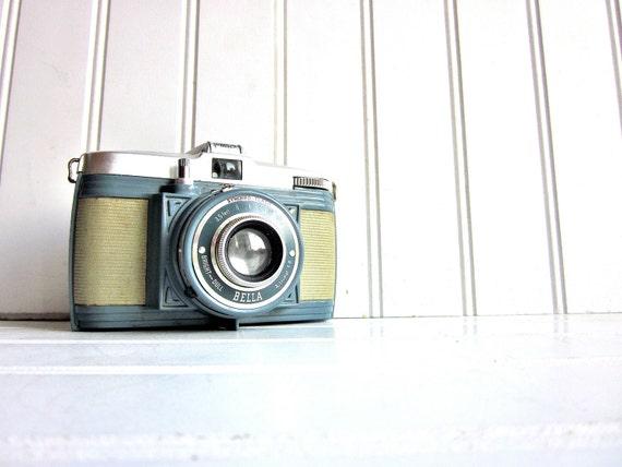 Vintage Camera Bilora Bella 127 Camera