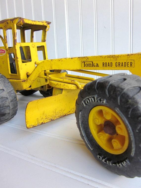 Vintage Tonka Tractors : Vintage tonka truck yellow toy road grader snow plow