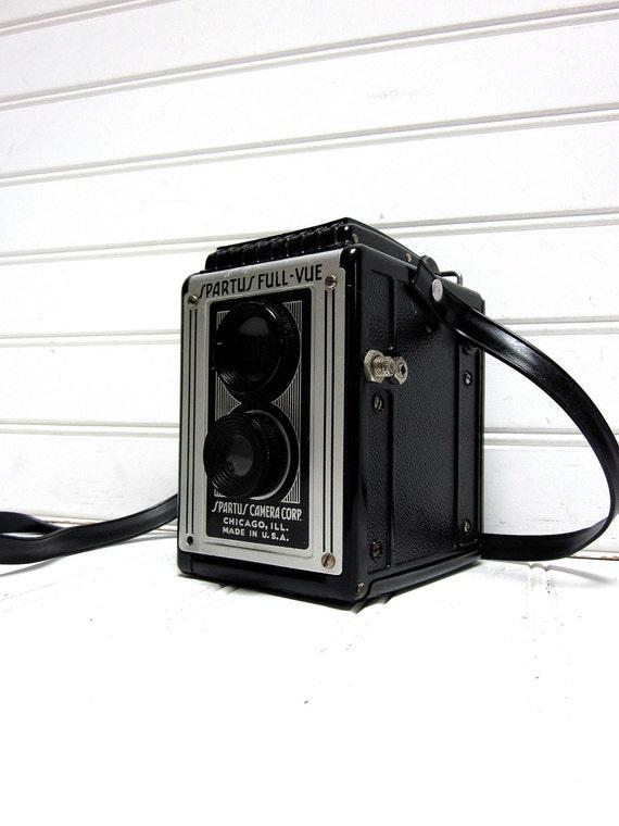 Vintage Camera Spartus Full Vue TLR 120 Film Camera