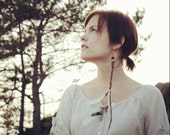Rise - Single Feather Earring