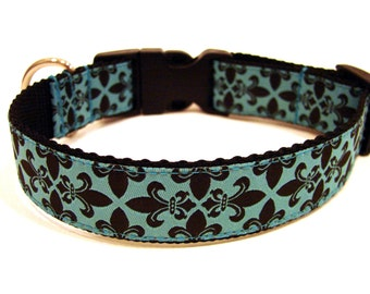 "Turquoise Dog Collar 1"" Fleur De Lis Dog Collar"