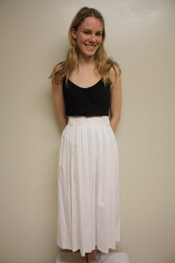 Vintage 80s Skirt/ Pleated/ White/ Size Large/ Maxi