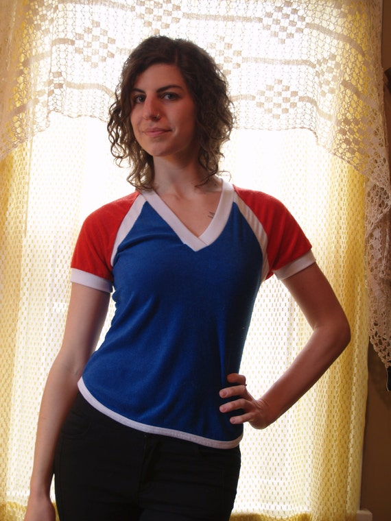 1970s Vintage Red White and Blue Terrycloth Athletic Short Sleeve Shirt - Small