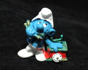 Rare Vintage Telephone Smurf Figurine - Green & Red
