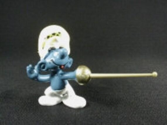 Vintage Fencing Super Smurf Figurine