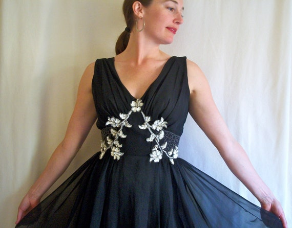 Black formal dress with white flowers, 1960s Mike Benet womens small