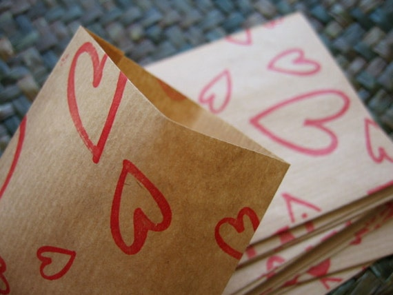 Sweetie Heart  Mini Handmade Gift Bags / Paper Bags from Brown Kraft Wrapping Paper --- Set of 30  (Size 8 cm.x 11 cm.)