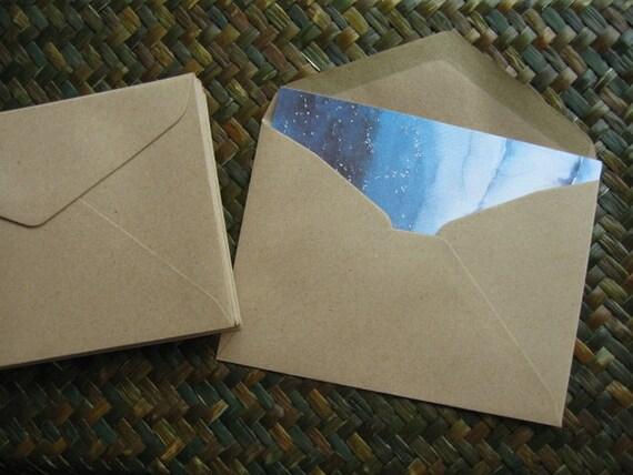 Set of 30 Brown Kraft Paper Envelopes (Medium Size 11.40 x 16.20 cm.or 4.50 x 6 3/8 inch)