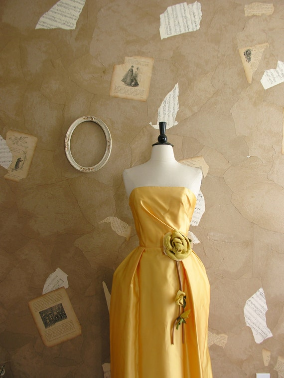 Vintage 1950s Here Comes The Sun Dress