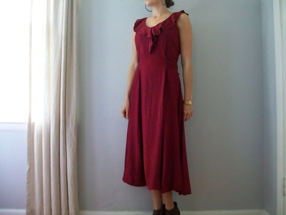1960s Wine Burgundy Ruffled Day/Evening Spring Summer Rayon Dress (( Size Small))