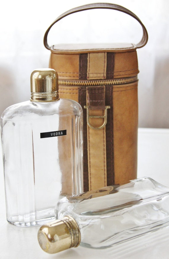 Reserved Nonalinn Vintage Flask Set in Leather Carrying Case