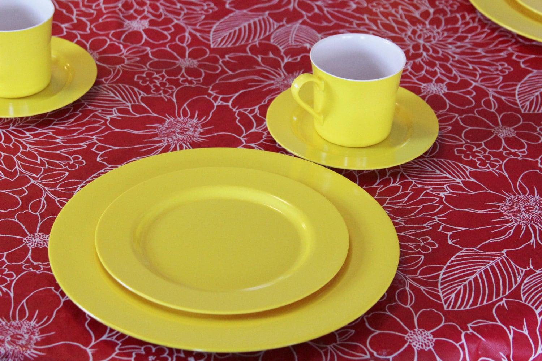 Vintage Oneida Melamine Yellow Dinnerware Set
