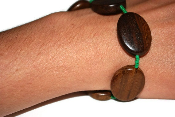 Wood and Green glass seed beaded bracelet ooak