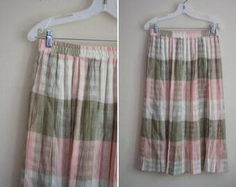 maxi pleated skirt PLAID crinkle pink khaki accordian 1980s