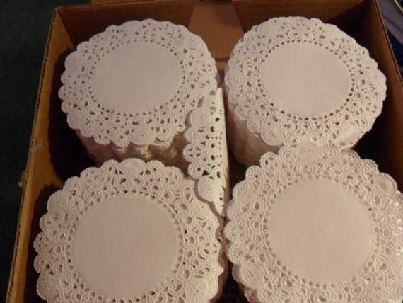 Destash / 4 inch paper lace Round Doilies / 85 count
