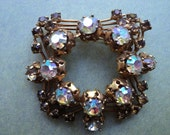 vintage brooch 'TRIAD'  -  intricate