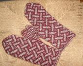 warm woolen handknit mittens grey dark red handspun yarn