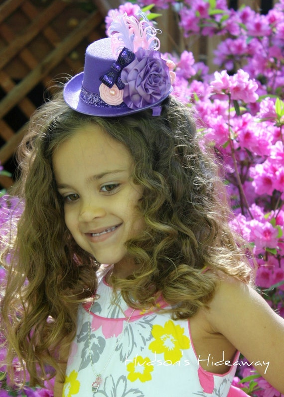 Shades of purple, eggplant and pink hat. Satin, felt and ribbon flowers. Mini top hat fascinator with nagorie feathers Photo prop Tea Party