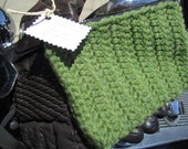 GirlFriday MakesGood Crocheted Bag, Medium, Grass Green