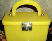 Vintage Bakelite Box Purse By Hardy In A Lovely Lemon Meringue Color - Tested