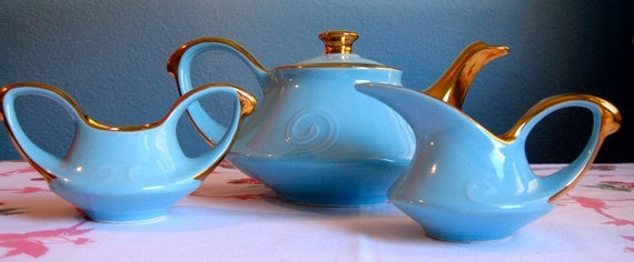 Atomic 1950s Tea Set in Sky Blue and Gold