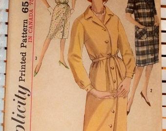 1963 Vintage Simplicity Pattern Buttondown Shirt Dress