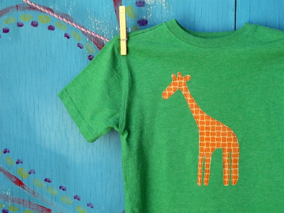 Children's Clothing, Appliqued Tshirt with Giraffe, Green Short-sleeve, Boys' Size XS XSmall Extra Small (4-5), Ready-to-ship