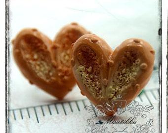 6 PCS X 20mm Heart Shape Biscuit Cabochon -3D Mini Food Art / Deco DIY Craft /Scrap booking Craft Supplies(HT18Y)