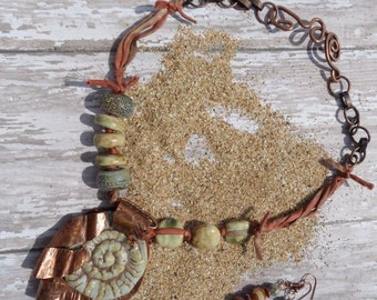 Ancient Waves Necklace Set