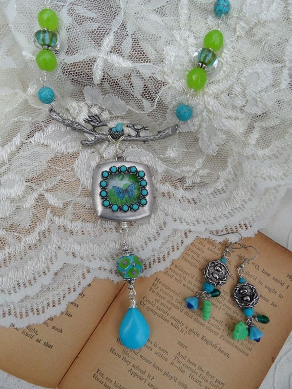 Turquoise Flutters Necklace Set
