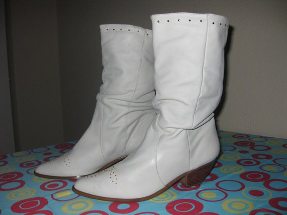 Women's 1980's Off White Leather Western Slouch Boots