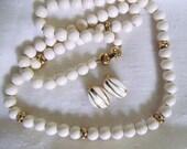 Gorgeous vintage MONET Demi Parure Necklace and Clip Earrings