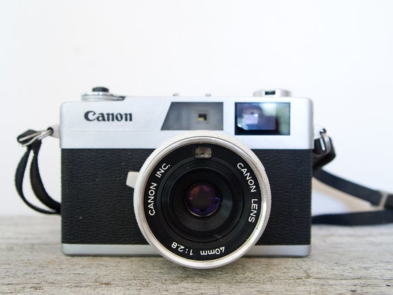 vintage canon canonet 28 with original case