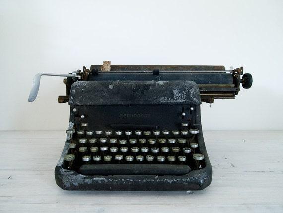 vintage remington rand typewriter, 1930s