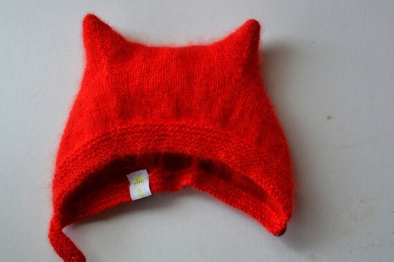 Patons Fuzzy Wuzzy Vintage Kitty Kat Bonnet for Baby Boy or Girl 6M to 12M Ready to Ship