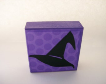 FREE SHIPPING! Purple block with Witch Hat Vinyl Halloween Decor