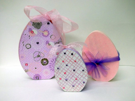 Wood Easter Eggs - Purple and Pink -  Easter Decor