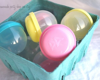 EMPTy VeNDiNG CaPSuLeS--party favors, birthdays , weddings, carnival parties,circus parties-set of 12