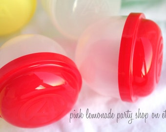 EMPTy VeNDiNG CaPSuLeS- Red-party favors, birthdays , weddings, carnival parties,circus parties-set of 10