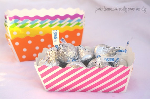 MiNi BaKiNG BoXes-- PinK Stripe--loaf pans--baking cups--cookies--candy--nuts--party favors--12ct