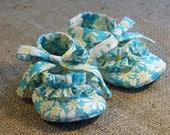 Ruffy Baby Shoes - PDF Pattern - Newborn to 18 months.